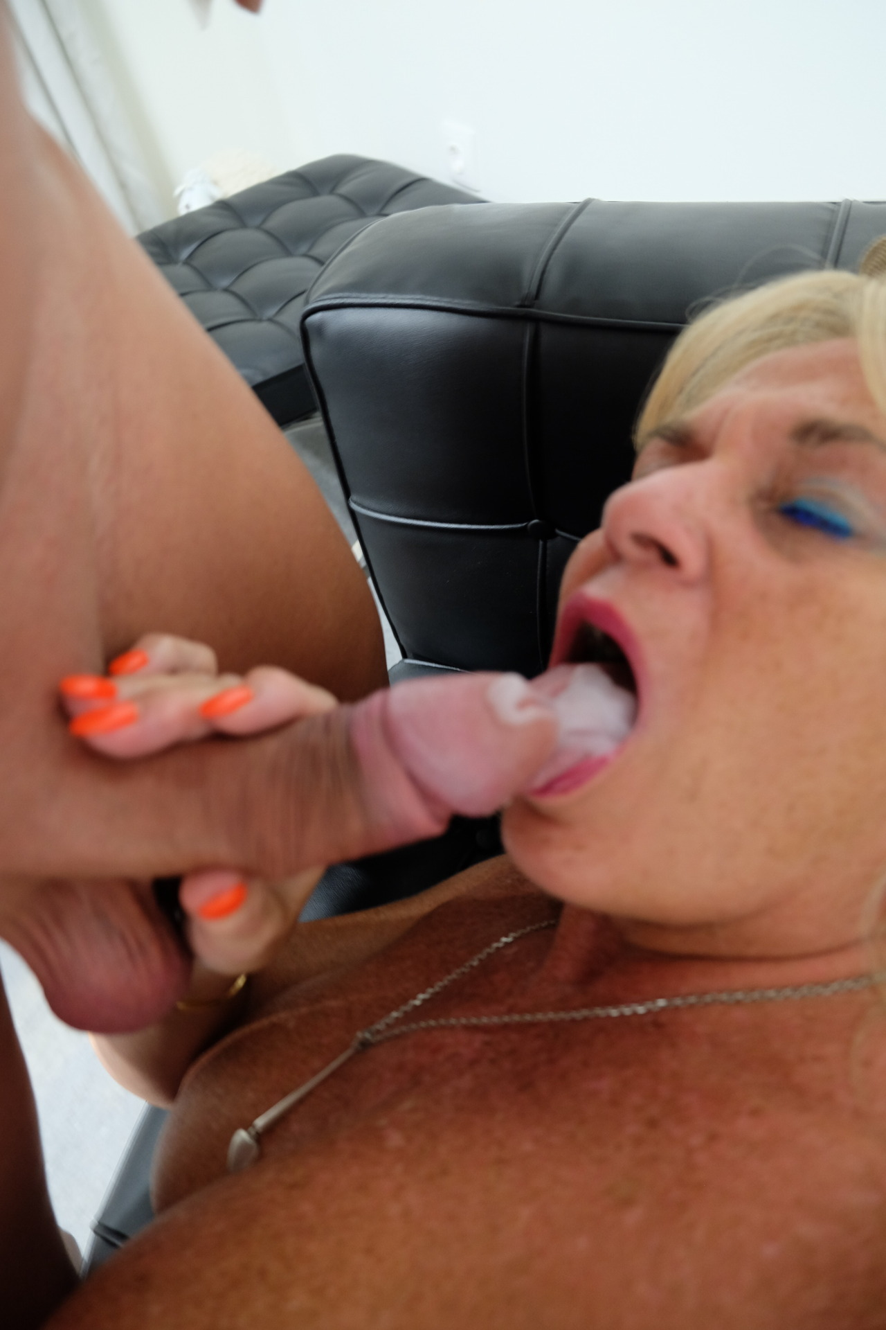 Dirty slut Sue loves spunk